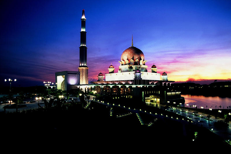 Download Putra Mosque editorial photography. Image of putra, landmark - 25729417