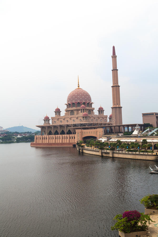 Putra Mosque. In the center of Putrajaya, new administrative capital of Malaysia royalty free stock photos