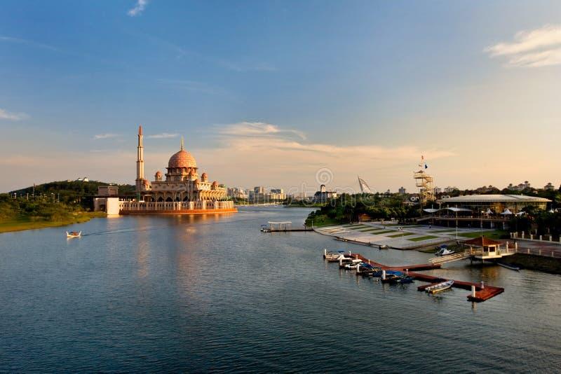 putrajaya της Μαλαισίας λιμνών στοκ εικόνα