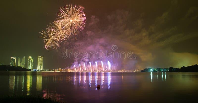 Putrajaya fajerwerków Międzynarodowa rywalizacja 2013 obraz royalty free