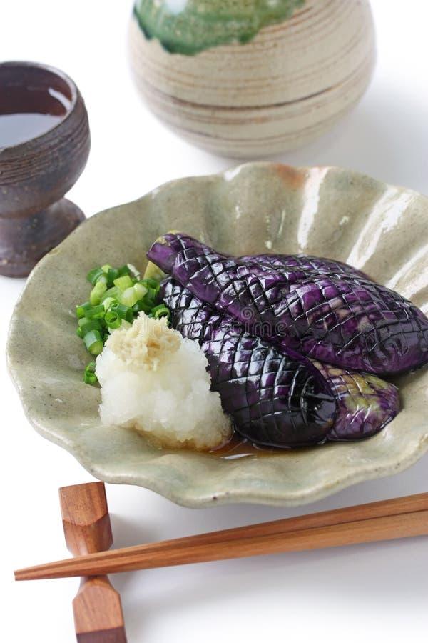 puttrad japansk sake för auberginemat royaltyfria bilder