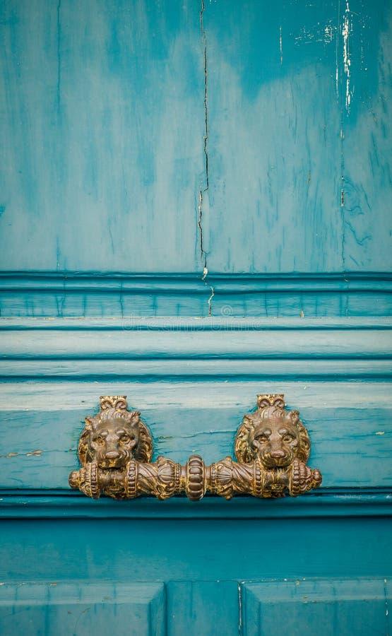 Puxador da porta ornamentado de Paris fotos de stock