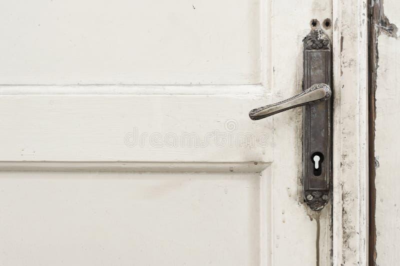 Puxador da porta velho fotografia de stock royalty free