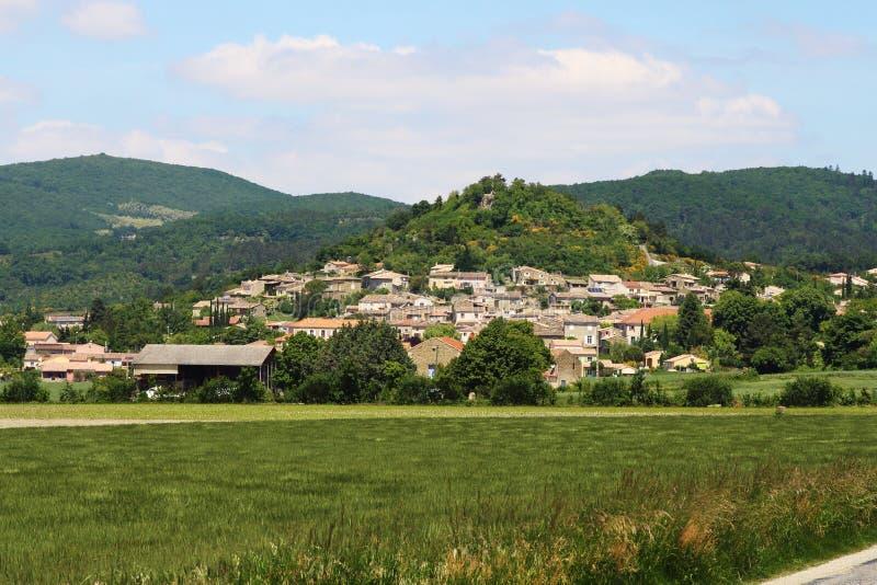 Puy-Heilig-Martin nach einem Hügel, Frankreich stockfotografie