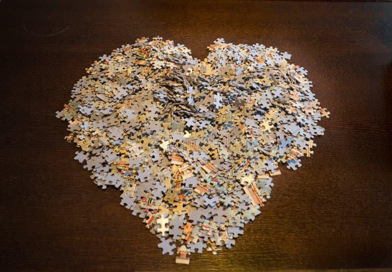 Puzzelstukken in de vorm van een Hart royalty-vrije stock foto