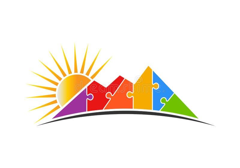 Puzzle de montagne avec Sun Logo Vector Illustration illustration stock
