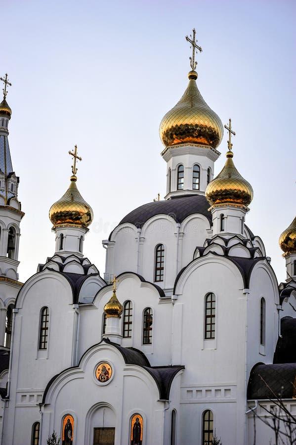 Pyatiprestolny trójcy kościół w Iver klasztorze w Rostov d - dalej - zdjęcia royalty free