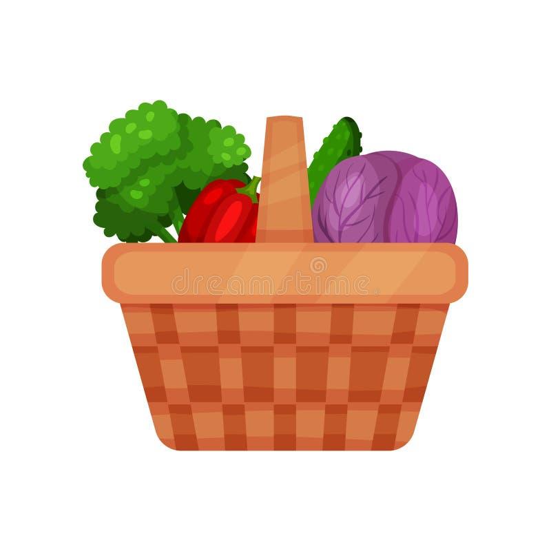 Pykniczny koszykowy pełny świezi warzywa czerwona kapusta, ogórek, pieprz i brokuły, karmowy zdrowy naturalny Płaski wektor royalty ilustracja
