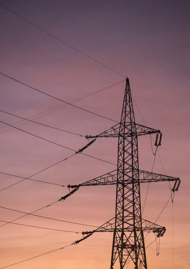 Pylônes de puissance photographie stock libre de droits