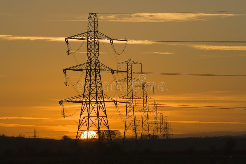 pylonsolnedgång fotografering för bildbyråer