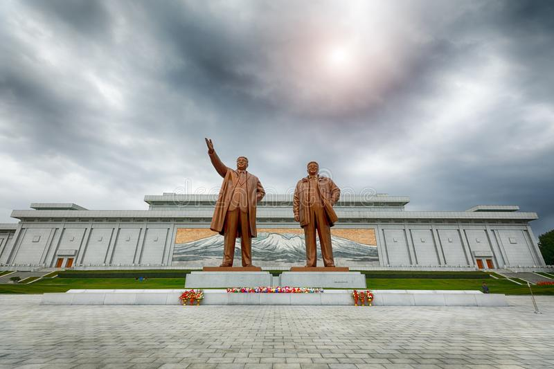 PYONGYANG,NORTH KOREA-OCTOBER 13,2017: Monument to Kim Il Sung. And Kim Jong Il on Mansu Hill Grand Monument stock images