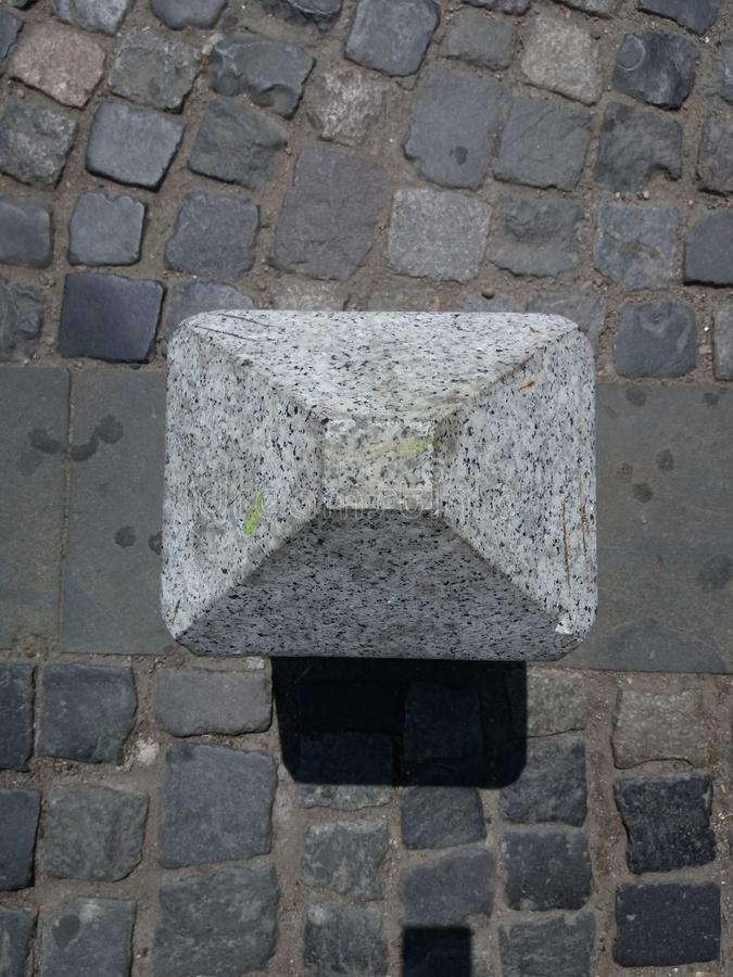 Free Pyramid And Walkside Royalty Free Stock Image - 97710666