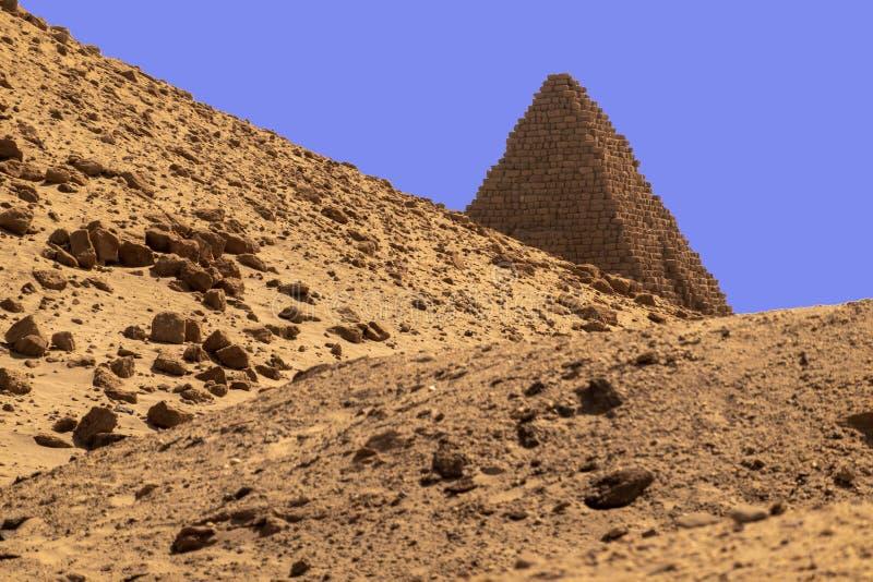 Pyramid av de svarta pharaohsna av Kush Empire i Sudan fotografering för bildbyråer