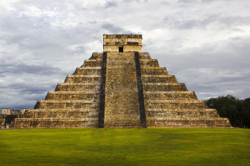 Download Pyramid Kukulkan Temple. Chichen Itza. Mexico. Maya Civilization Stock Image - Image: 35468397