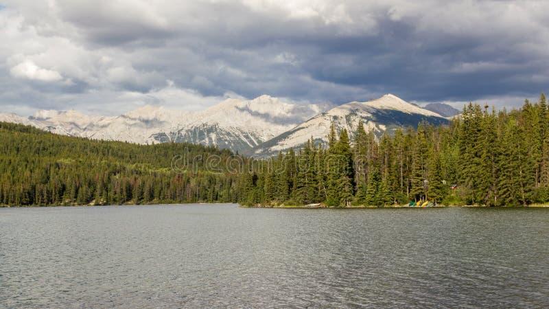 Pyramid See Jasper National Park, Alberta, Kanada lizenzfreies stockbild