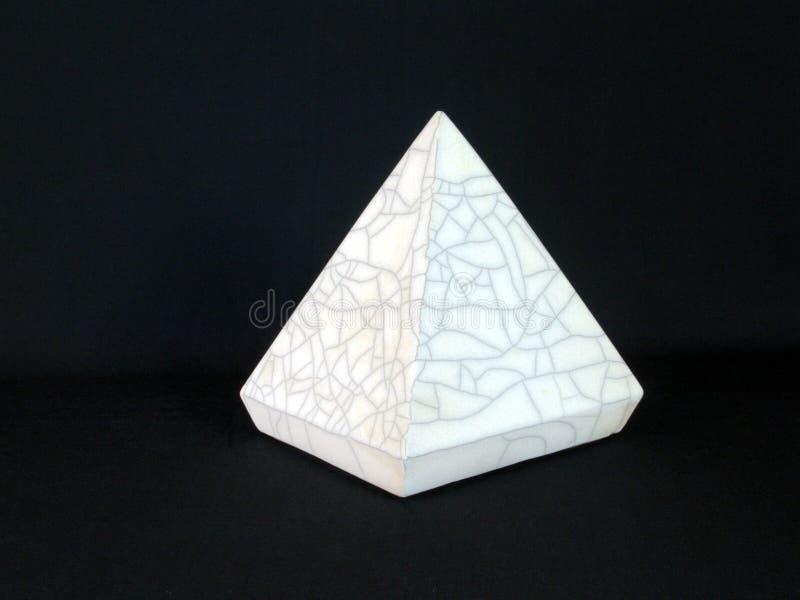Download Pyramide image stock. Image du énergie, cristal, point, pyramide - 83343