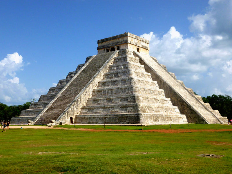 Pyramide aztèque du Mexique Pyramide Mesoamerican photo libre de droits