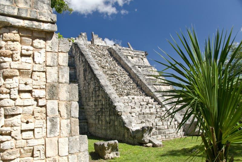 Pyramide bei Chichen Itza Mexiko lizenzfreie stockbilder