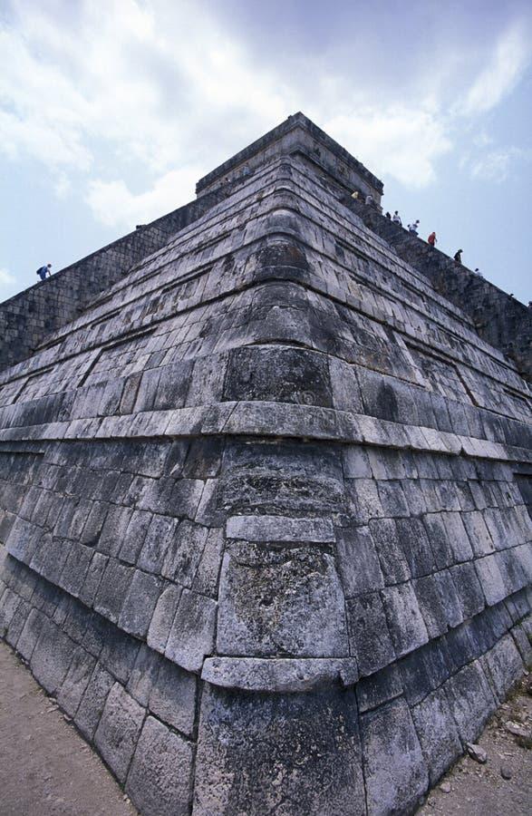 Pyramide de Chitzen-itza image stock