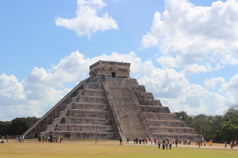 Pyramide de ¡ de Chichén-Itzà image stock