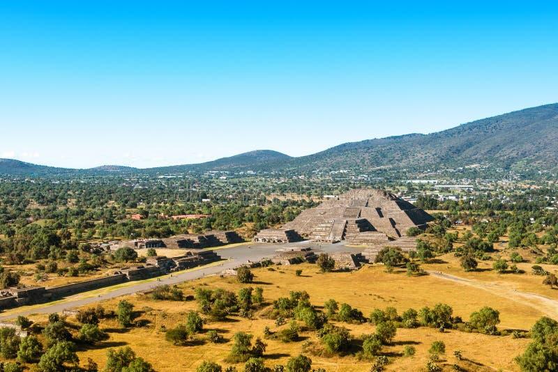 Pyramide de la lune photo stock