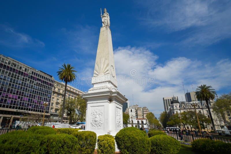 Pyramide de mai à la plaza De Mayo Square images libres de droits