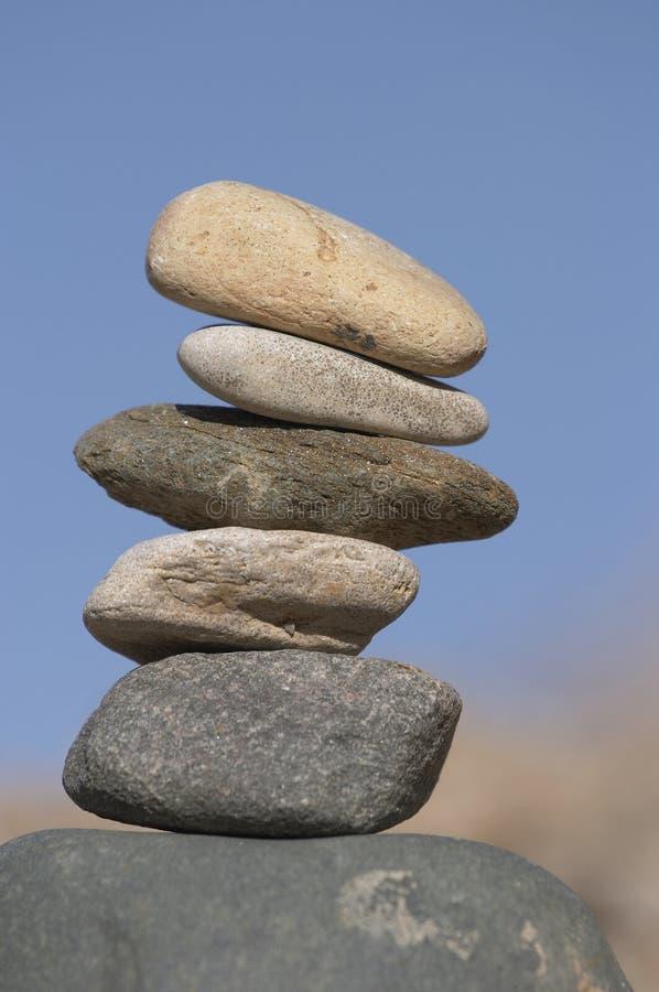 Pyramide der Steine stockbilder