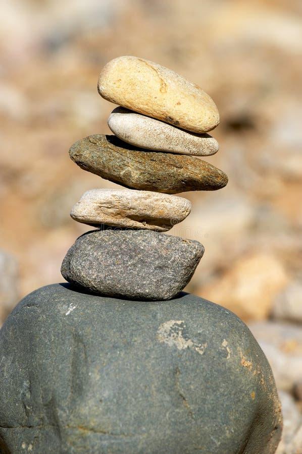 Pyramide der Steine lizenzfreies stockbild