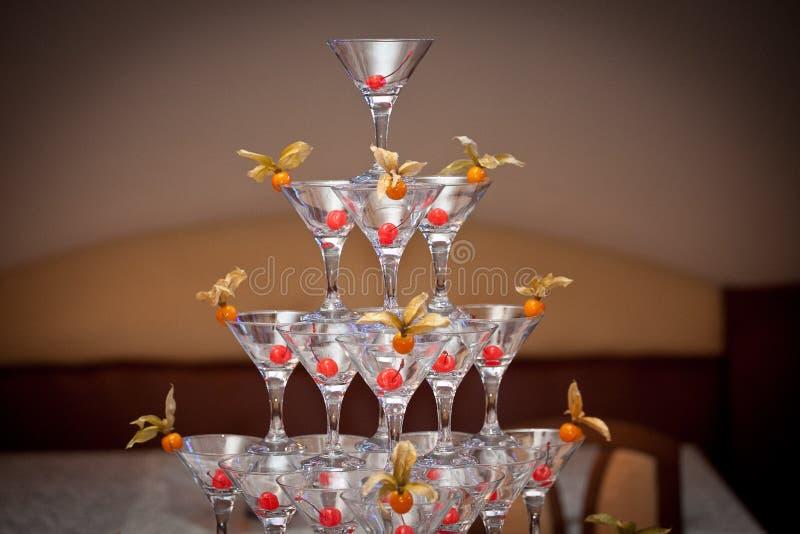 Pyramide des verres photo stock