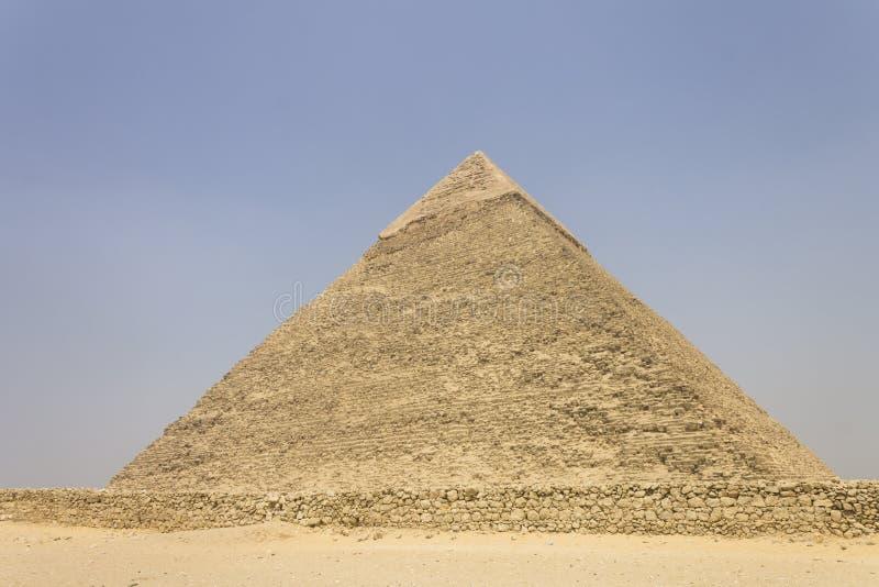 Download Pyramide von Khafre stockfoto. Bild von zutreffend, tourist - 26350028