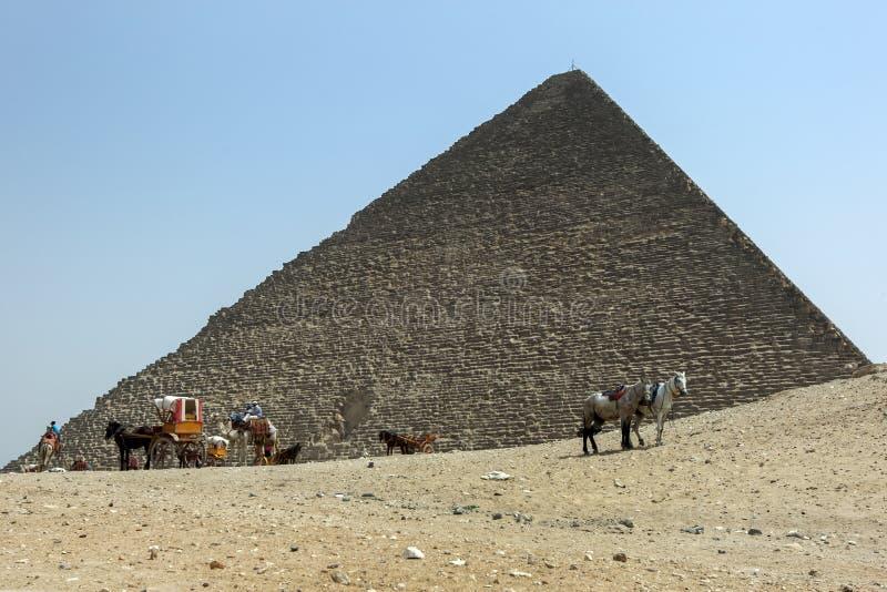 Pyramiden av Khufu i Egypten royaltyfri fotografi