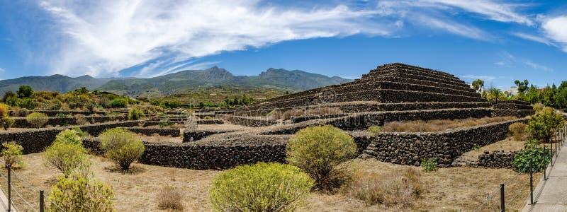 Pyramiden von Guimar auf Teneriffa lizenzfreie stockfotos