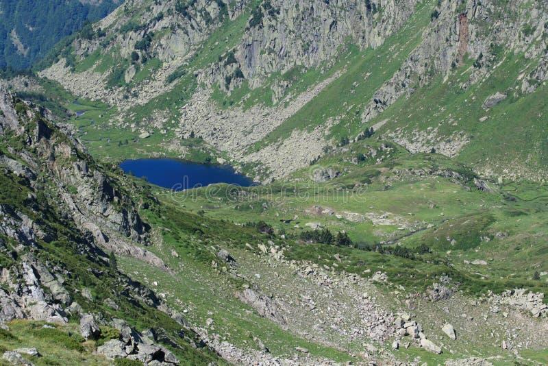Pyrenean See in Ariège lizenzfreies stockbild