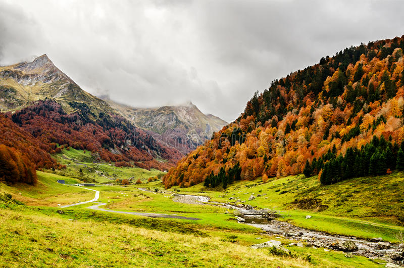 Pyrenees Atlantiques arkivbild