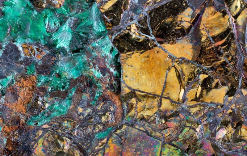 Pyrite en plan rapproché extrême de malachite photos libres de droits