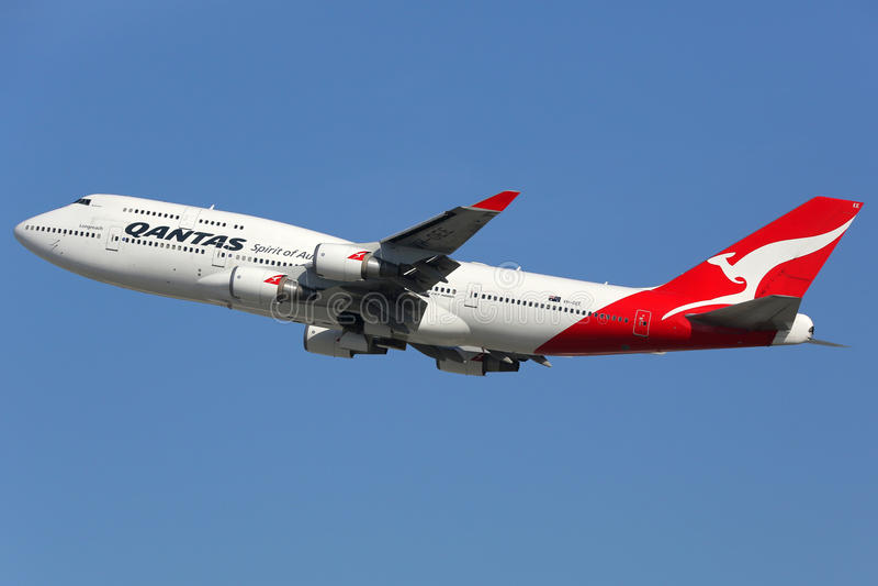 Qantas Boeing 747-400 flygplan royaltyfria foton