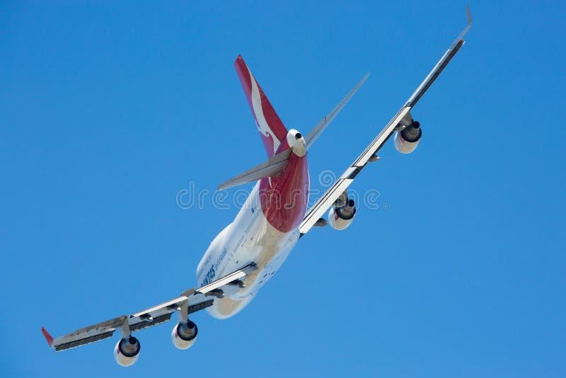 Download Qantas Boeing 747-400 Volant Photo stock éditorial - Image du transport, avion: 87708638