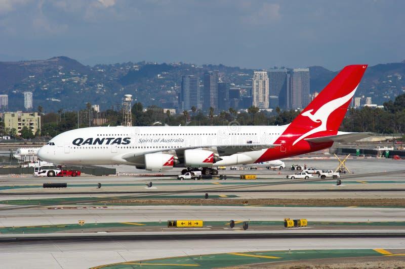 Qantas flygbuss A380 fotografering för bildbyråer