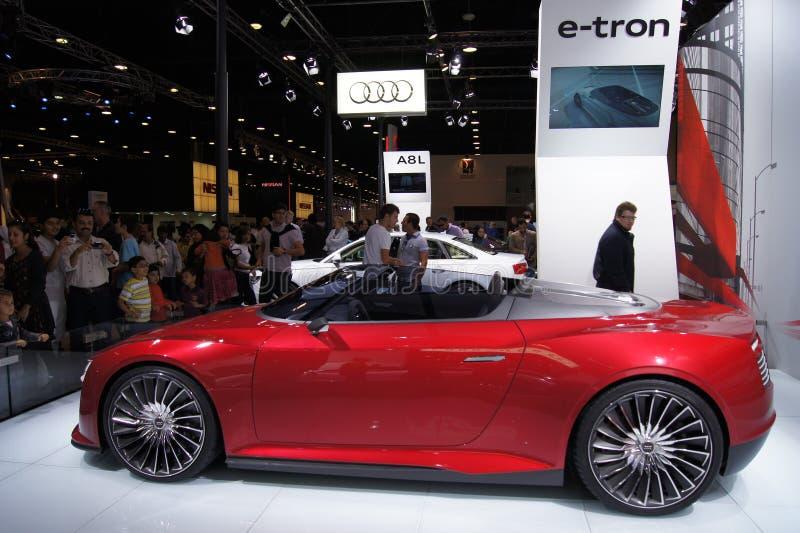 Qatar Motorshow 2011 - Audi E-tron lizenzfreie stockbilder