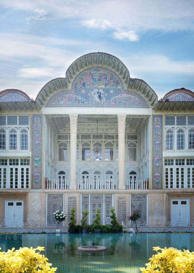 Qavamhuis bij Eram-tuin in Shiraz iran stock afbeelding