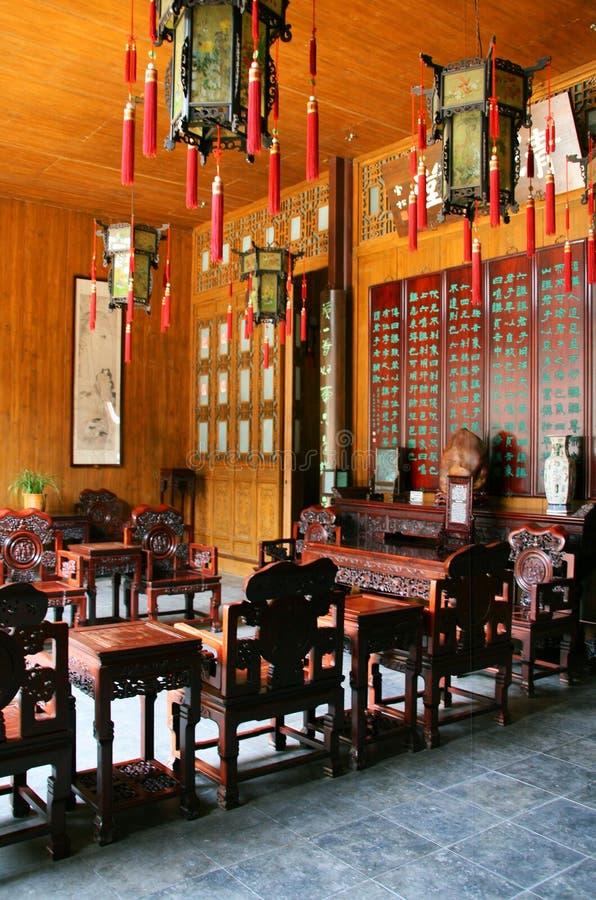 Qing-stijl woonkamer stock afbeeldingen