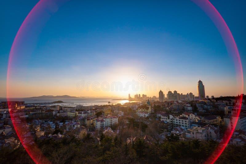 Qingdao miasta zmierzchu widok obrazy royalty free