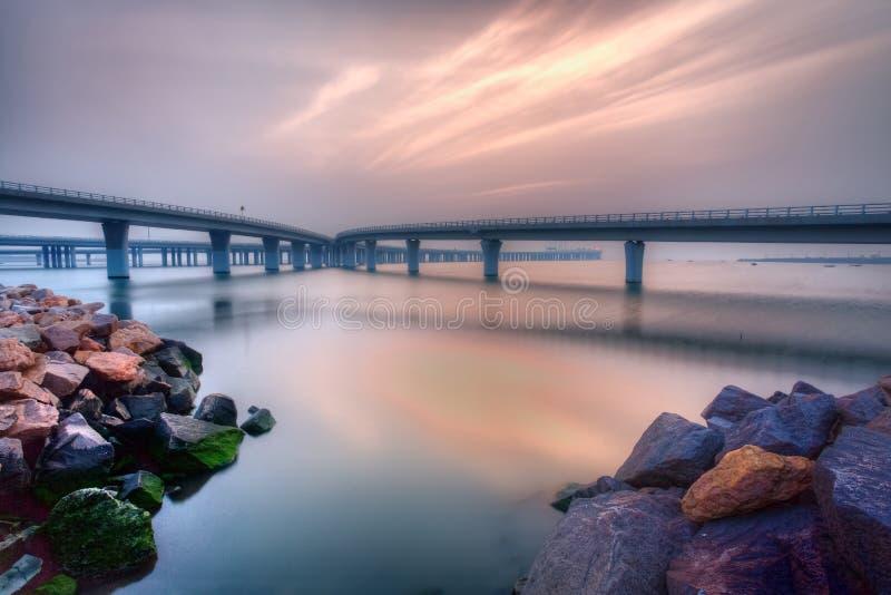 Qingdao-Seeüberquerungbrücke lizenzfreies stockbild
