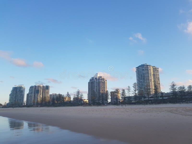Qld plaży hotele zdjęcia stock