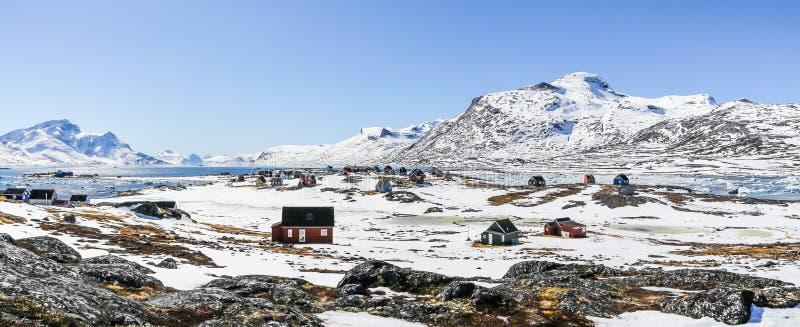 Qoornoq前渔夫村庄, nowdays在Th的夏天住所 免版税库存图片