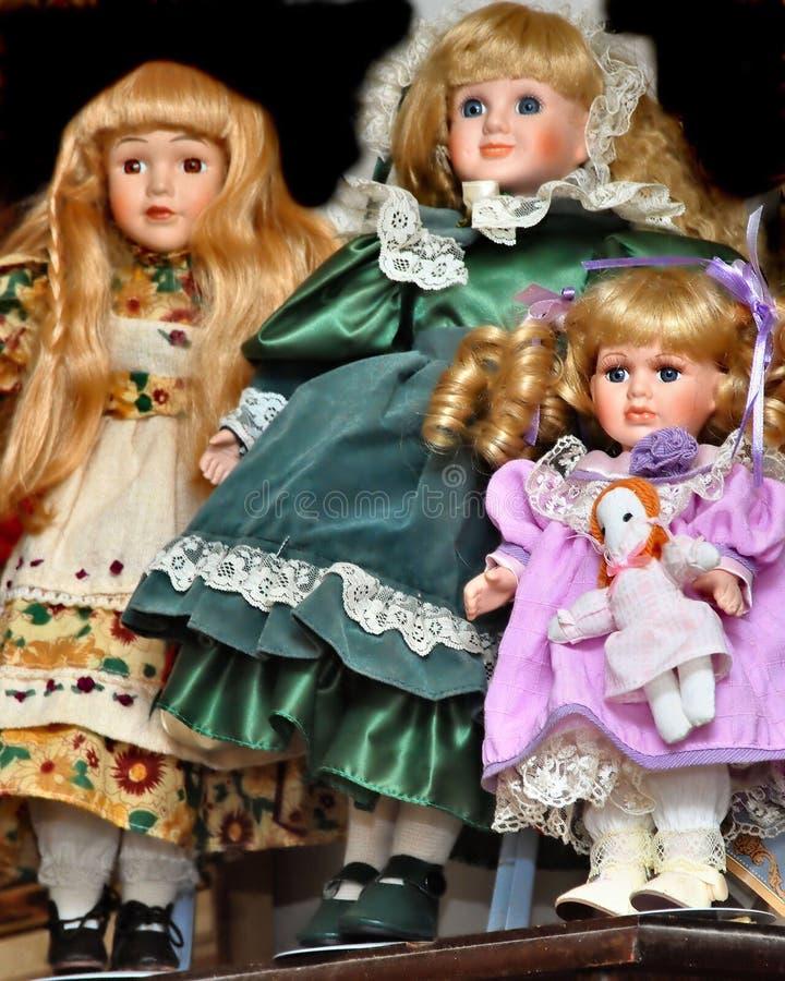 Qué muñecas foto de archivo