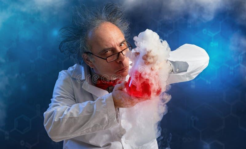 Químico maluco com experiência foto de stock royalty free