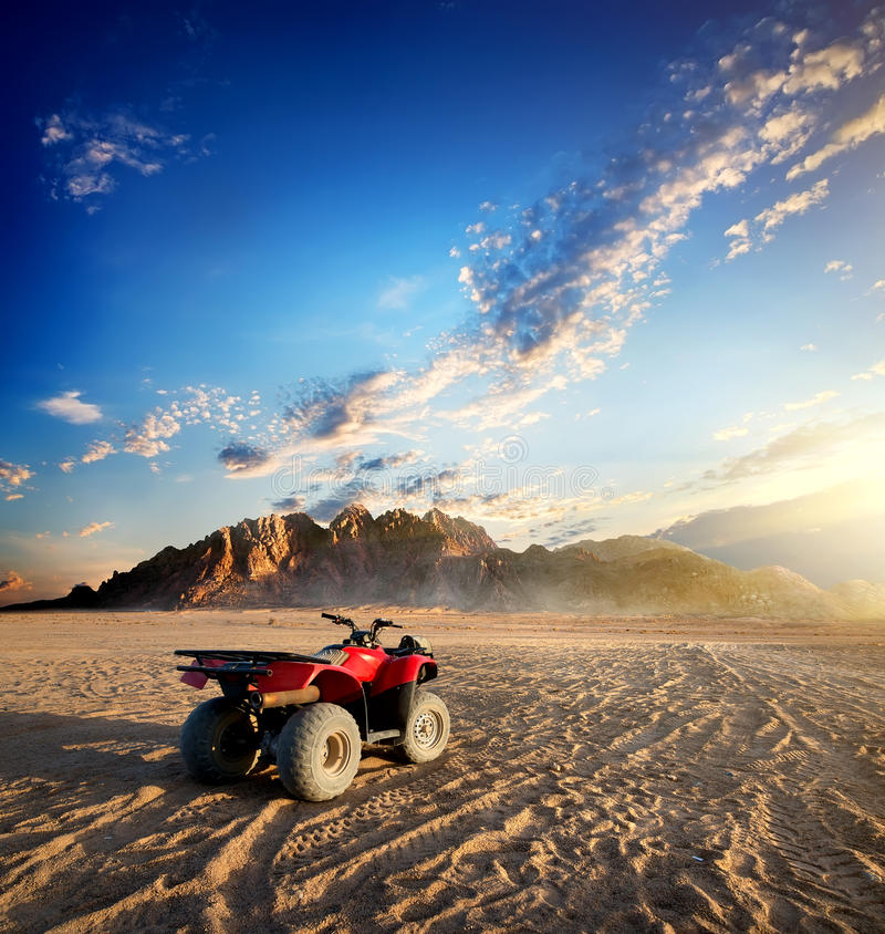 Free Quad Bike In Desert Royalty Free Stock Photography - 60563117