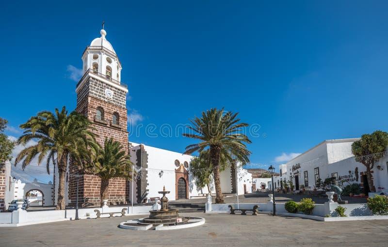 Quadrado central da cidade de Teguise, Lanzarote, Ilhas Canárias, Espanha fotografia de stock royalty free