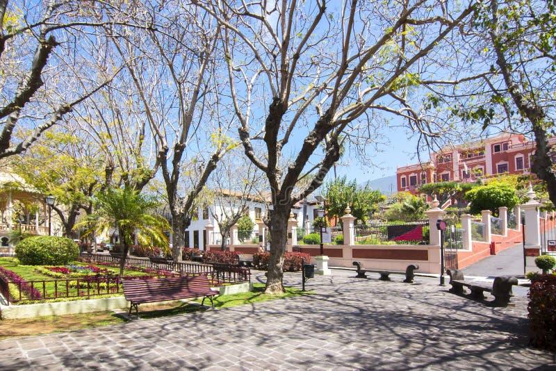 Quadrado da constituição, La Orotava, Tenerife, Ilhas Canárias, Espanha fotos de stock